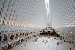 Hub et station de transport de World Trade Center d'Oculus image stock