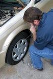 hubcap αφαιρώντας στοκ εικόνες με δικαίωμα ελεύθερης χρήσης