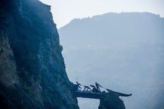 Hubei Badong ao longo da cidade do perseguidor em grande escala do ` da escultura do ` da alma Fotos de Stock