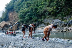 Hubei Badong ao longo do perseguidor da cidade do rio Imagem de Stock