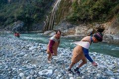 Hubei Badong le long du traqueur de ville de rivière Image libre de droits