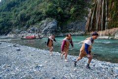 Hubei Badong lungo l'inseguitore della città del fiume Immagine Stock Libera da Diritti