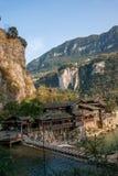 Hubei Yiling el río Yangzi Three Gorges Dengying Xia en la gente de la corriente del ` de la gente de Three Gorges del ` Imagenes de archivo