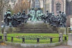 Huberto y Jan van Eyck Monument en Gante, Bélgica Foto de archivo