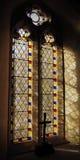 Hublot d'église en verre souillé Photo stock