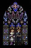 Hublot d'église en verre souillé sur le noir Photo libre de droits