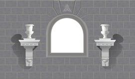 Hublot dans un mur en pierre avec des flowerpots Image stock