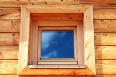 Hublot en bois Photo stock