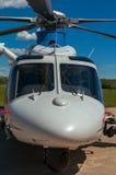 Hubschrauber auf einem Flugplatz Stockfoto