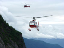 Hubschrauber im Kampf Lizenzfreie Stockfotos