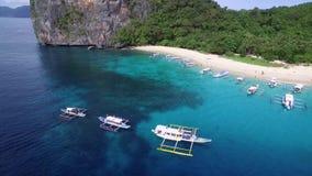 Hubschrauber-Insel und Strand in EL Nido, Palawan, Philippinen stock video