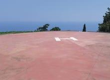 Hubschrauber-Landeplatz bei großem Lavra auf Mount Athos, Griechenland lizenzfreie stockbilder