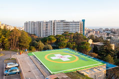 Hubschrauber-Landeplatz in einem Krankenhaus stockfoto