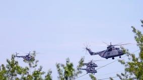 Hubschrauber-Luft-Parade stock video
