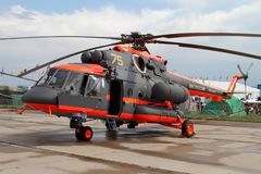 Hubschrauber Mi-8 am internationalen Luftfahrt-und Raum-Salon M stockbilder