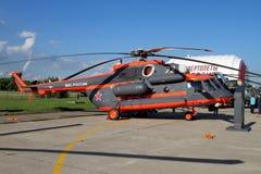 Hubschrauber Mi-171Sh an der internationalen Luftfahrt und am Raum Salo lizenzfreies stockfoto