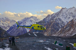 Hubschrauberevakuierung Stockbild