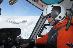 Hubschrauberpilot in der Antarktis Lizenzfreies Stockfoto