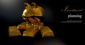 Hucha del oro y monedas apiladas Imagen de archivo