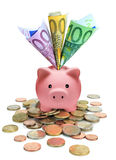 Hucha por completo de euros Imagen de archivo