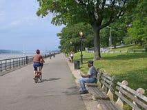 Hudson River-Fahrradweg Stockfotografie