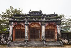 Hue, Vietnam Portes de Dai Hong Mon de Minh Mang Tomb Photos libres de droits