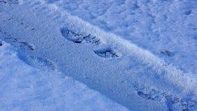 Huellas en la nieve Fotografía de archivo libre de regalías