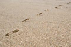 Huellas en la playa de Benodet fotos de archivo libres de regalías