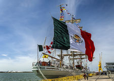 HUELVA, ΙΣΠΑΝΙΑ, στις 15 Απριλίου 2017 λιμένας Huelva Το μεξικάνικο sailb στοκ εικόνα