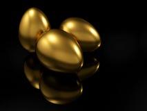 Huevo de oro Imagenes de archivo