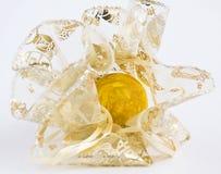 Huevo de Pascua amarillo Imagen de archivo