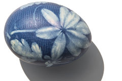 Huevo de Pascua azul Imágenes de archivo libres de regalías
