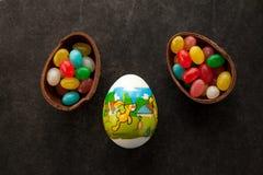 Huevo de Pascua con la imagen del conejo en ella Fotografía de archivo libre de regalías