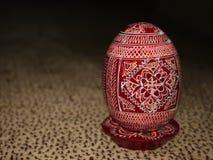 Huevo de Pascua de madera pintado Foto de archivo libre de regalías