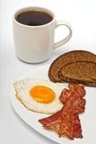 Huevo frito con café Fotografía de archivo libre de regalías