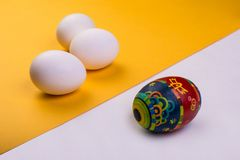 Huevo pintado Concepto del d?a de fiesta de Pascua fotografía de archivo libre de regalías
