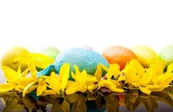 Huevo y codeso de Pascua Fotos de archivo