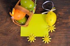 Huevos coloreados Fotos de archivo