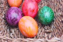Huevos coloridos Imagen de archivo libre de regalías