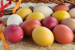 Huevos coloridos de Pascua Imagen de archivo