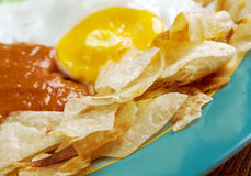 Huevos con chilaquiles Royalty Free Stock Photography