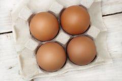 Huevos con los huevos rojos grandes, brillantes, no t?xicos fotos de archivo libres de regalías