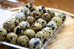 Huevos de codornices como breackfast de la mañana Foto de archivo