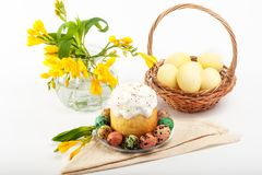 Huevos de codornices Huevos pintados para Pascua Aún lifes coloridos Fotografía de archivo libre de regalías