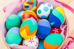 Huevos de Pascua adornados Fotos de archivo libres de regalías