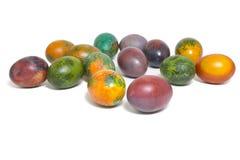 Huevos de Pascua coloridos aislados en el fondo blanco Imagen de archivo libre de regalías