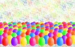 Huevos de Pascua coloridos con el copyspace fotografía de archivo