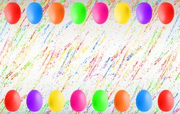 Huevos de Pascua coloridos con el copyspace foto de archivo libre de regalías