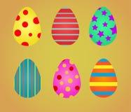 Huevos de Pascua coloridos Tarjeta de felicitaci?n plana del estilo ilustración del vector