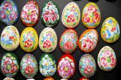 Huevos de Pascua como imanes del refrigerador foto de archivo libre de regalías